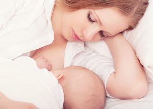 breastfeeding baby to sleep